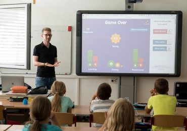 A Step by Step Guide on Becoming a Teacher